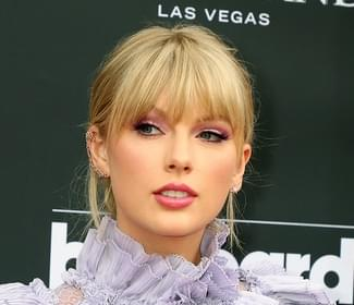Taylor Swift will be a Mega Mentor on The Voice
