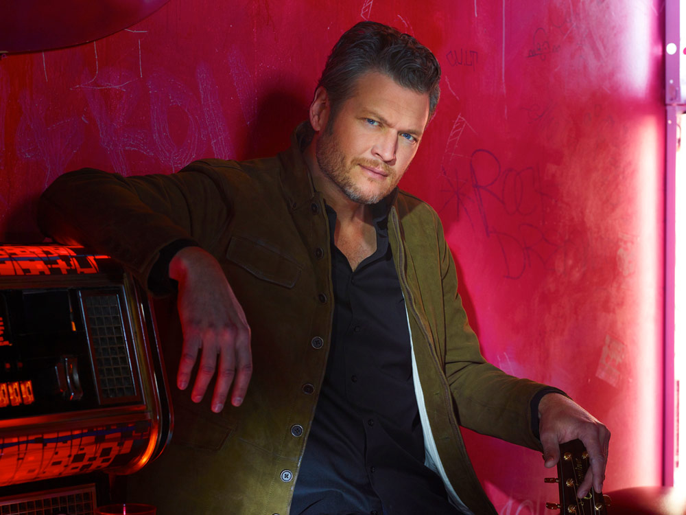 """Blake Shelton Reaches Defamation Settlement With """"In Touch"""" Magazine Over """"Rehab"""" Cover"""