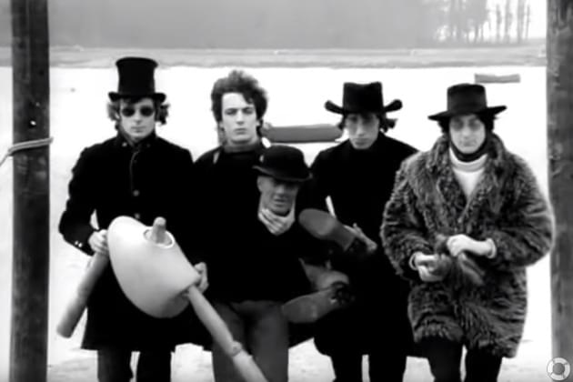 From The Vault: Pink Floyd – Arnold Layne Remastered [VIDEO]