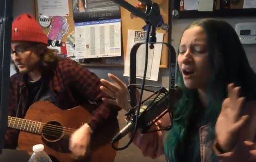 95X Live | Au/Ra Acoustic Performance [VIDEO]