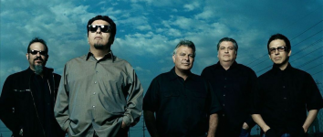Los Lobos and The Stranahan Theater
