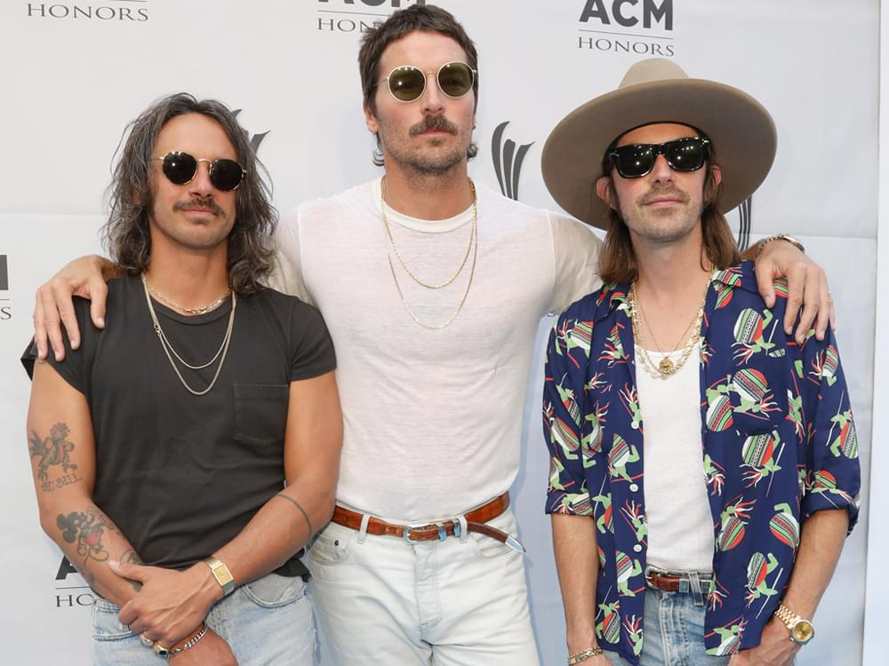 """Midland Debuts at No. 1 on Billboard's Top Country Albums Chart With """"Let It Roll"""""""