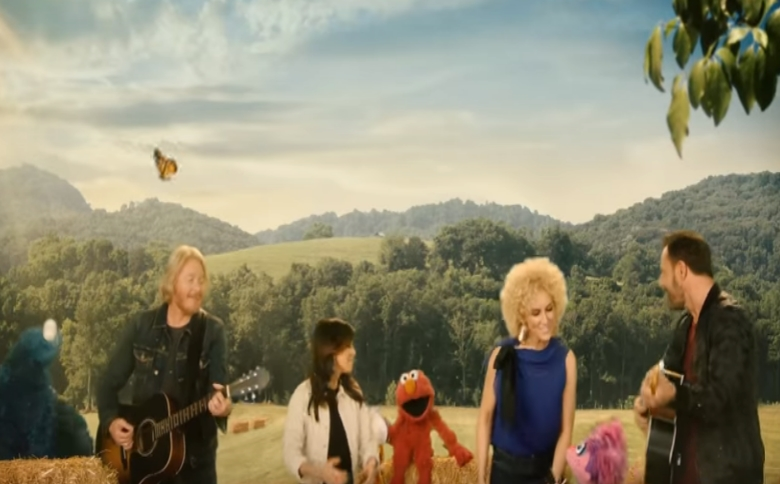 Little Big Town Sings with Elmo and Friends