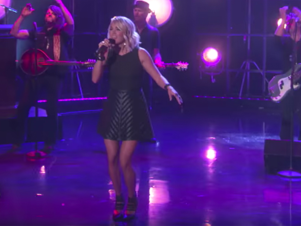 "Watch Carrie Underwood's New ""Oh, Sunday Night"" Theme Song for ""Sunday Night Football"""