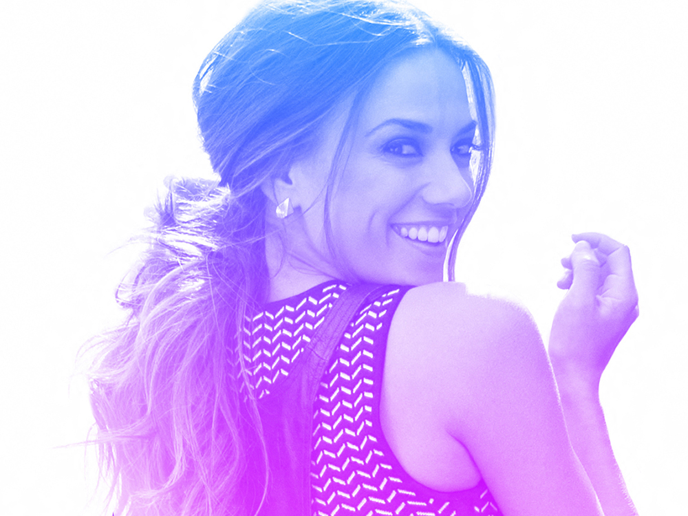 "Jana Kramer: ""Being a Mom is Number One for Me"""