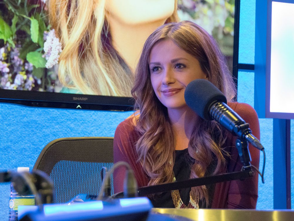 """""""Every Little Thing"""" Singer Carly Pearce Shares 10 Little Things That Shaped Her Into Who She Is Today"""