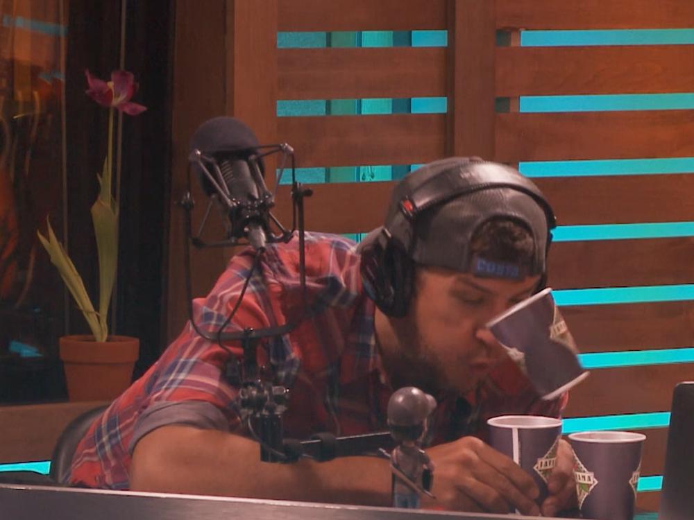 "Watch Luke Bryan Take the ""Cup Blowing Challenge"""