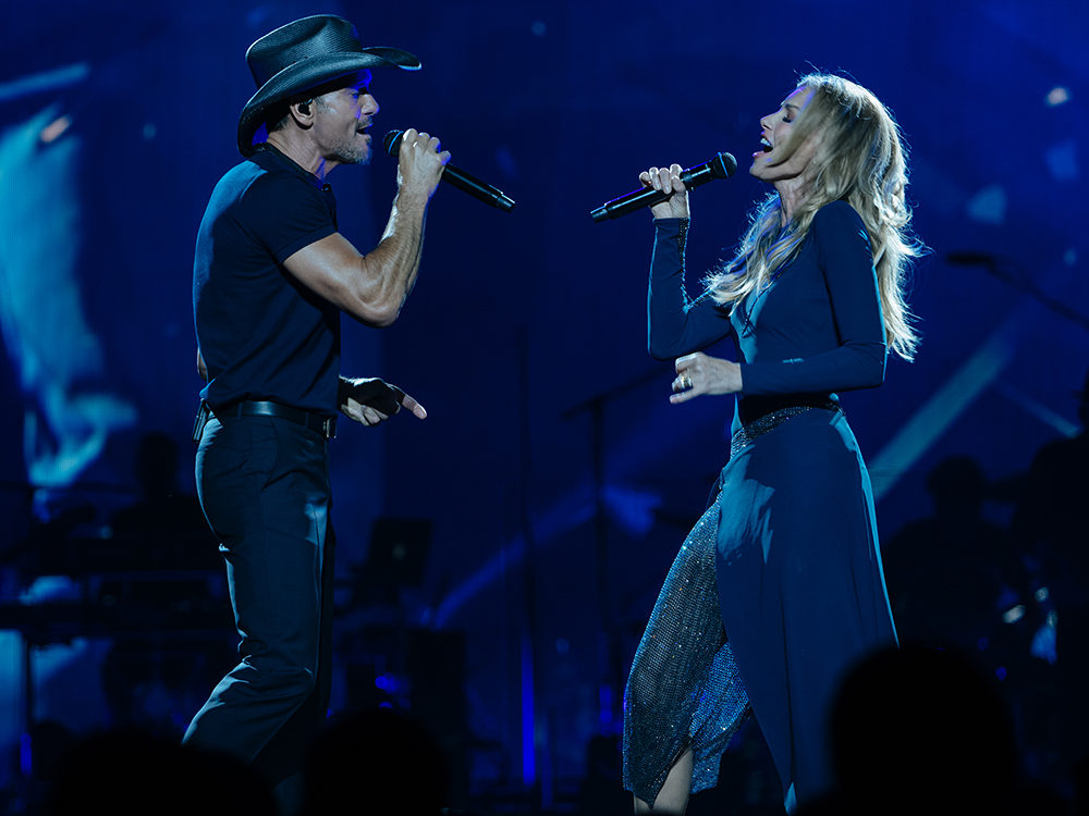 """Success! Tim McGraw and Faith Hill Have Fun Kicking Off Soul2Soul World Tour in New Orleans and Tupelo: """"We Did It,"""" Says Tim"""