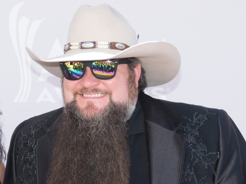 """The Voice"" Winner Sundance Head Readies New Single Featuring a ""Country Music Hall of Fame"" Member"