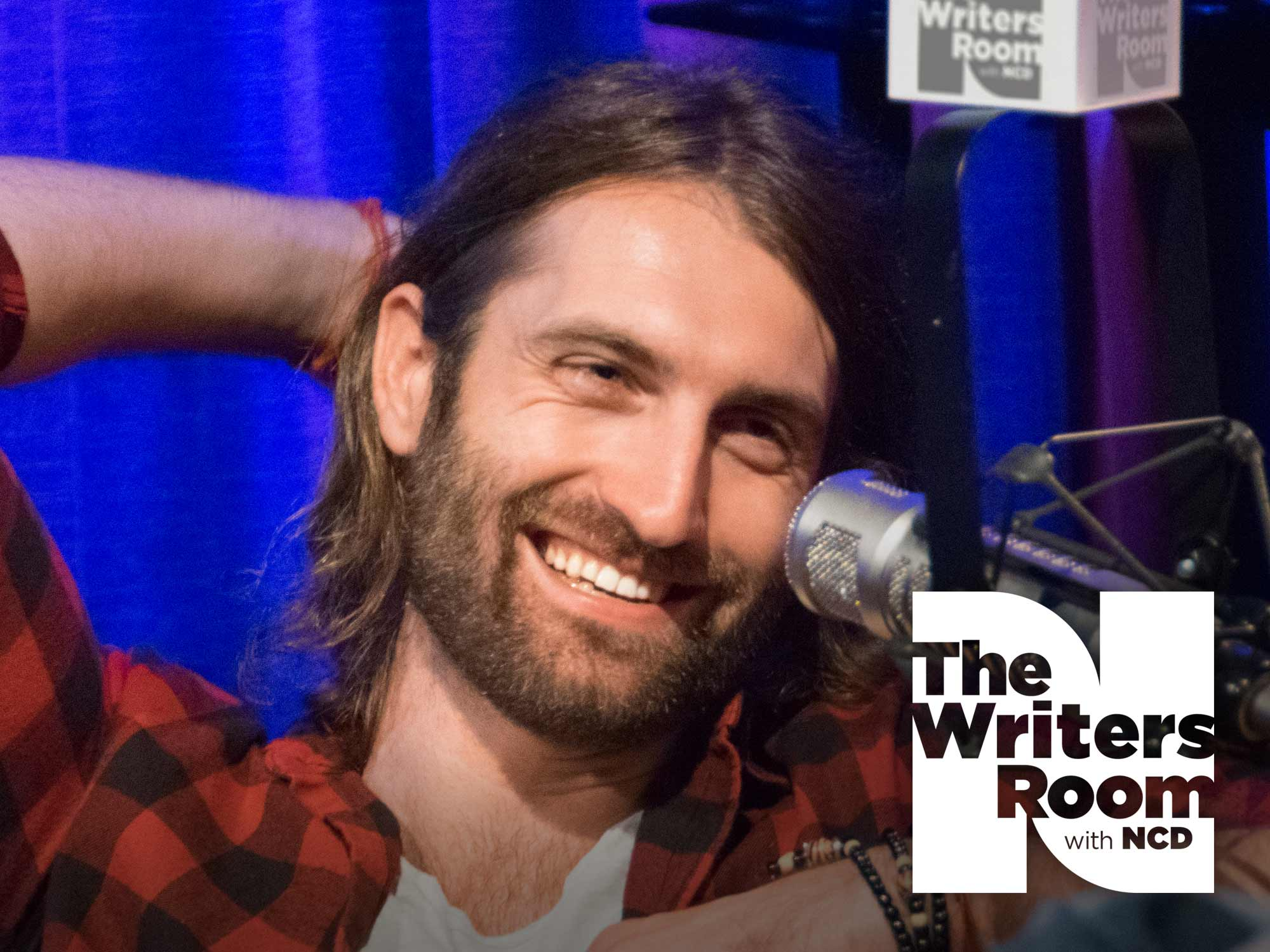 """Ryan Hurd Talks Writing Hits for FGL, Dierks Bentley, Blake Shelton, Lady Antebellum & More, His Upcoming Debut Album and New Single, """"Love In a Bar"""""""