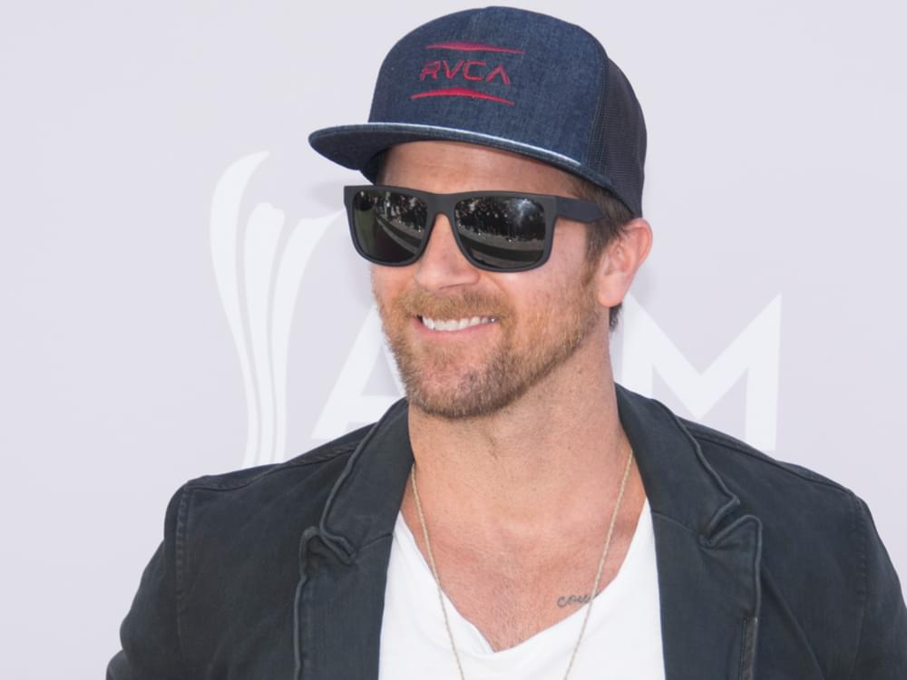 "Kip Moore Announces 20+ Date ""After the Sunburn Tour"" With Jordan Davis, Jillian Jacqueline & More"