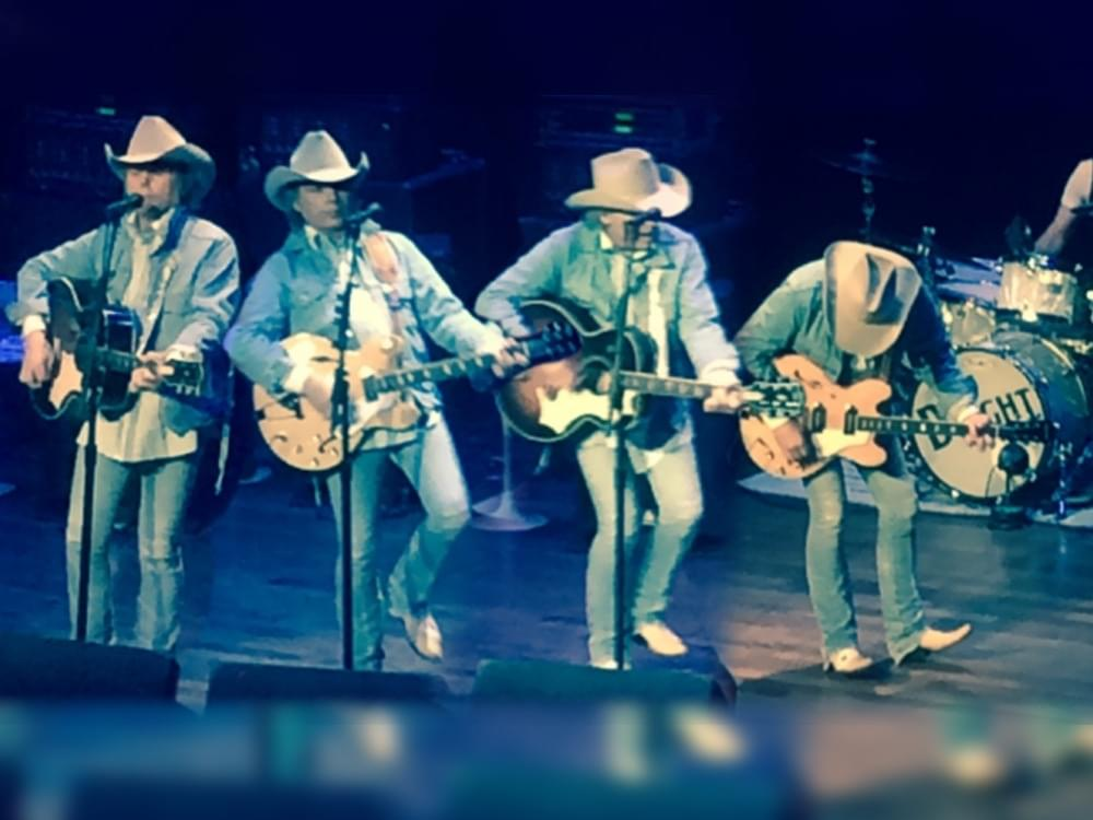 Dwight Yoakam's Honky-Tonkin' Swagger Delights Sold-Out Ryman Crowd