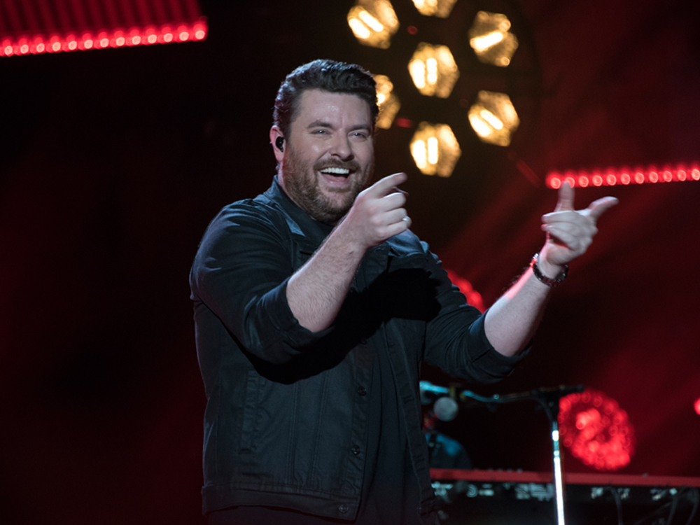 "Chris Young Extends 2018 ""Losing Sleep World Tour"" With Kane Brown, Morgan Evans & More"