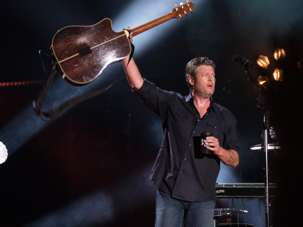 """Blake Shelton Launches New Tour With Carly Pearce & Brett Eldredge: """"I Can't Believe This Lineup Actually Worked Out"""""""