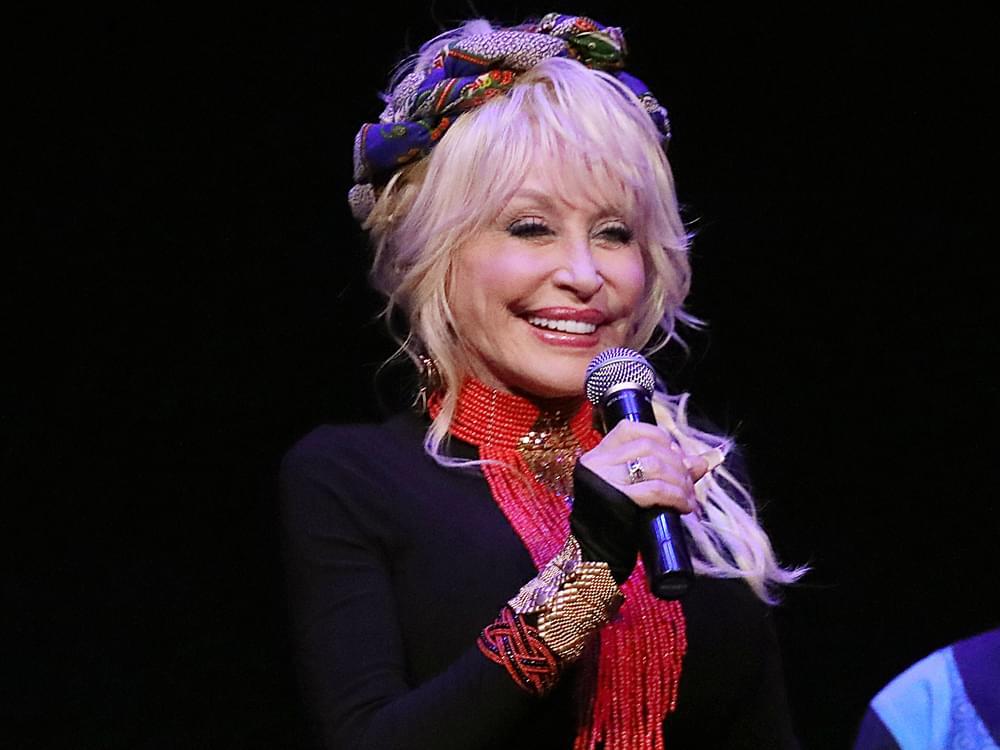 Dolly-Parton-CH