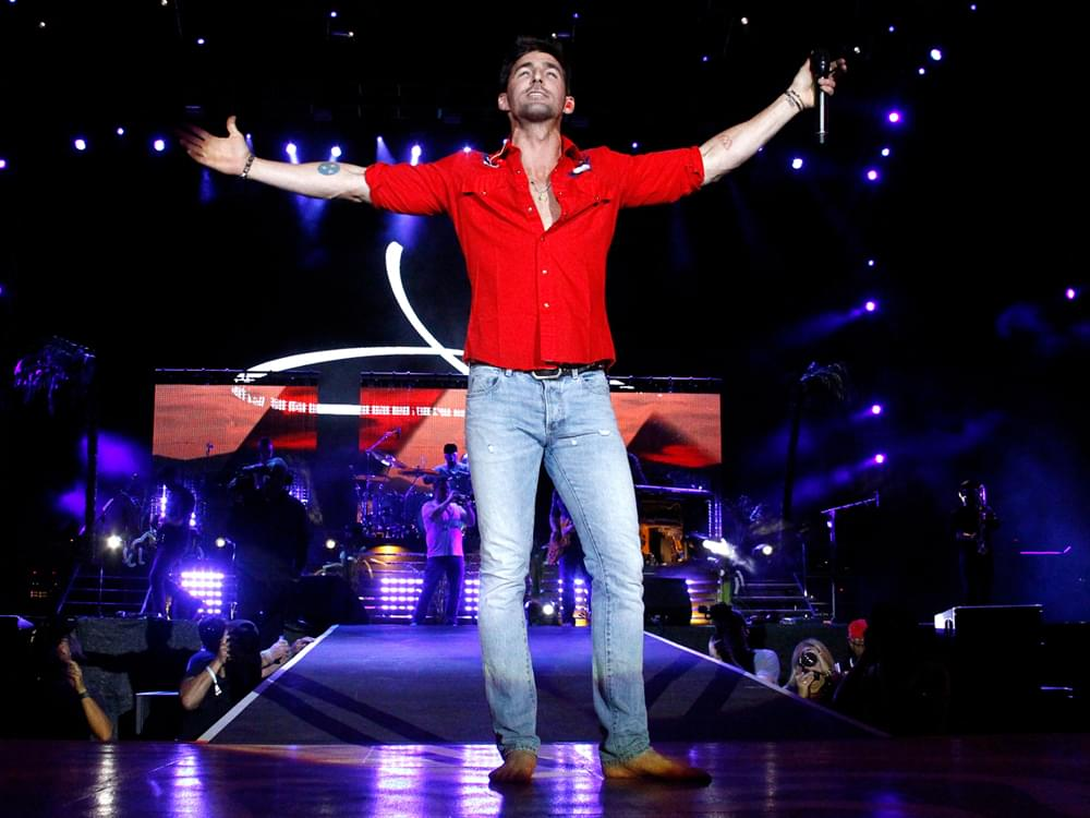 "Taking ""Big Chance"" With New Single, ""I Was Jack (You Were Diane),"" Is Paying Off for Jake Owen"