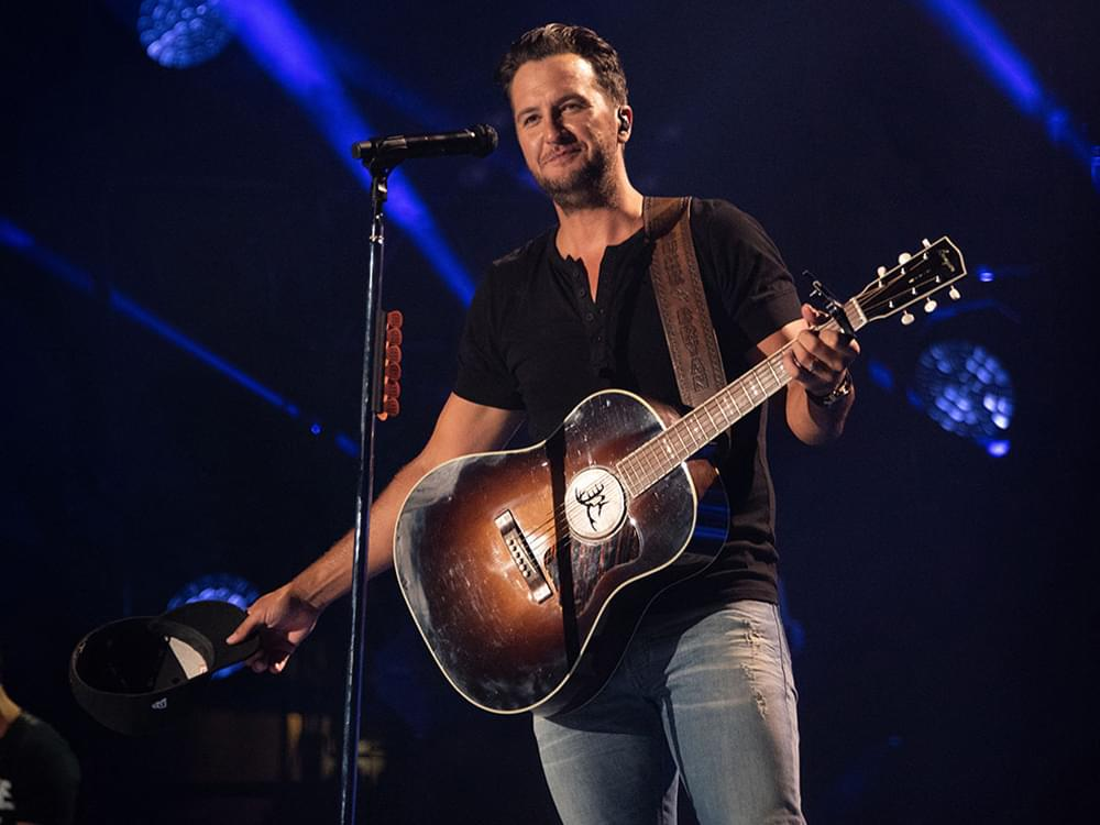 "Watch Luke Bryan Pay Tribute to Randy Travis by Covering ""On the Other Hand"" at CMA Fest's Nissan Stadium"