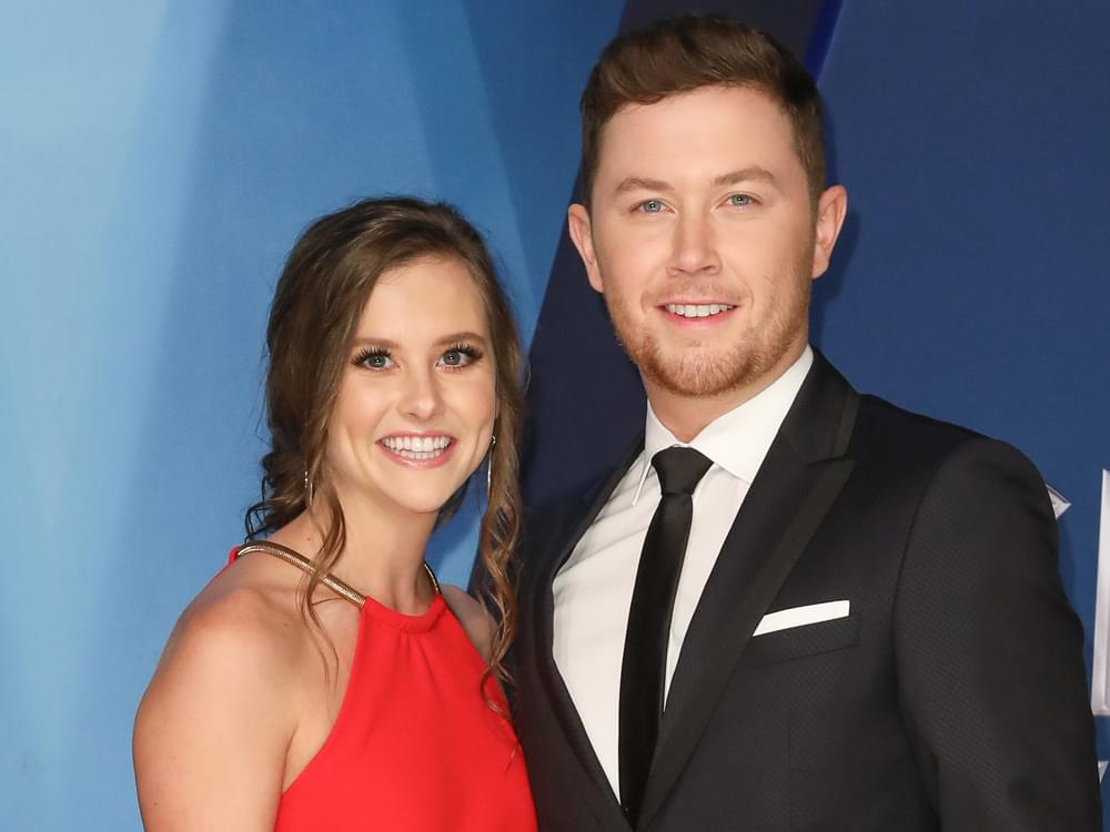 Scotty McCreery & Wife Add New Puppy to the Family