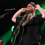 "Luke Combs and Leon Bridges Release Two Tracks From ""CMT Crossroads"" [Listen]"