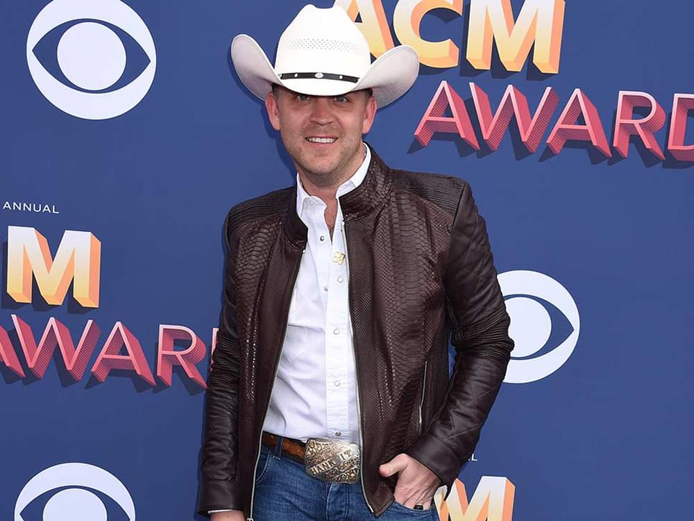 """Justin Moore to Host """"Veterans Day Salute"""" Across Cumulus Stations"""