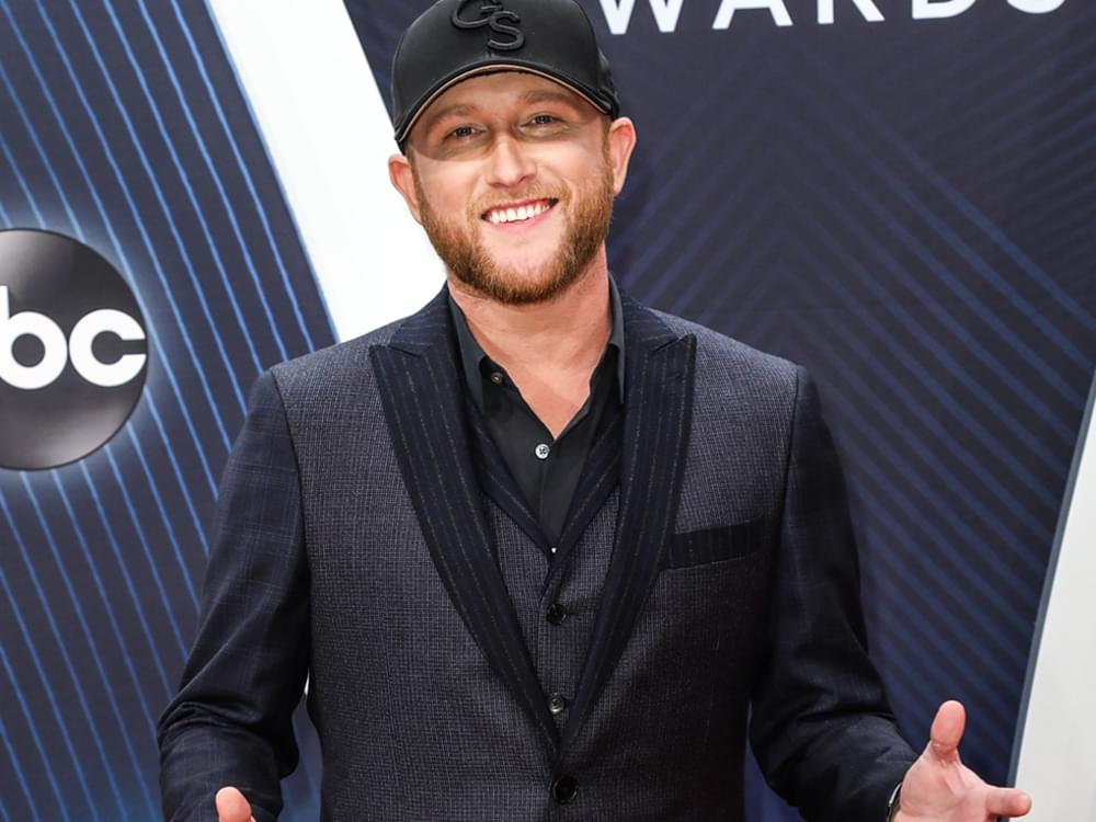 "Watch Cole Swindell Read Craiglist ""Missed Connections"" to Remind Fans Not to Say I ""Love You Too Late"""