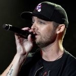 "Brett Young Teams With Boyz II Men for Upcoming ""CMT Crossroads"""
