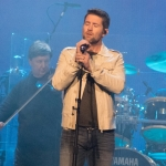 "Josh Turner Wins First GMA Dove Award for ""I Saw the Light"""