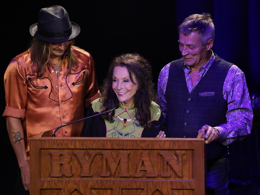 Loretta Lynn Makes Rare Public Appearance to Accept Lifetime Achievement Award in Nashville [Photo Gallery]