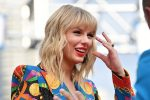 Taylor Swift Shows Support To A Fan Battling Cancer In A BIG Way