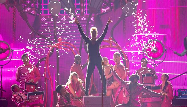 Check Out Pink! At The Moda Center