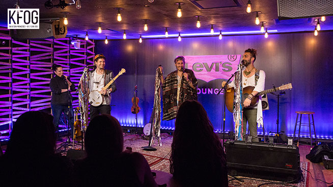 KFOG Private Concert: Magic Giant – Interview