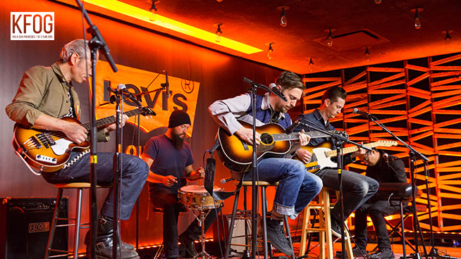 """KFOG Private Concert: JD McPherson – """"Crying's Just a Thing You Do"""""""