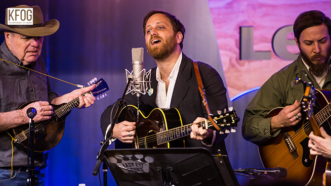 """KFOG Private Concert: Dan Auerbach – """"Waiting On A Song"""""""