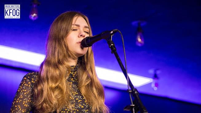 """KFOG Private Concert: First Aid Kit – """"Postcard"""""""
