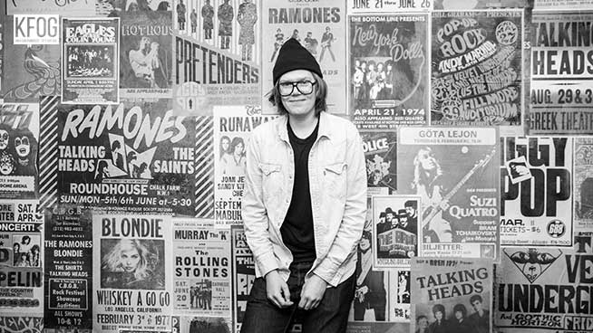 KFOG Private Concert: Brett Dennen – Interview