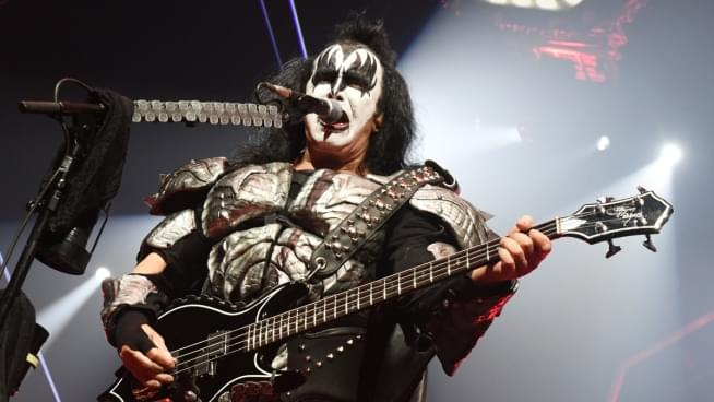 Gene Simmons Gets A Stent For His Kidney Stones