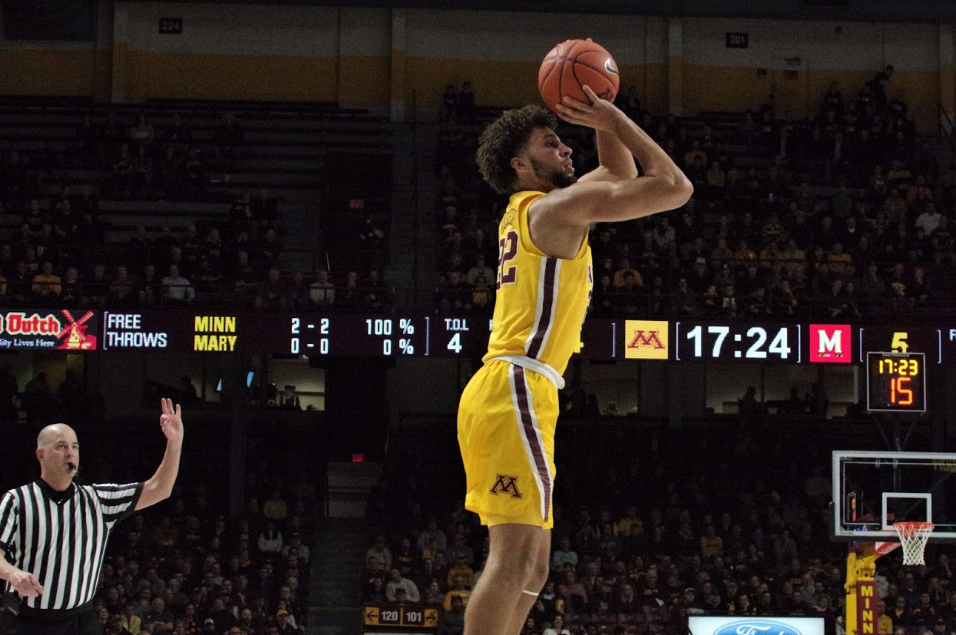 Gabe Kalscheur's Two-Way Excellence Noticeable in Gophers' Win Over No. 19 Iowa