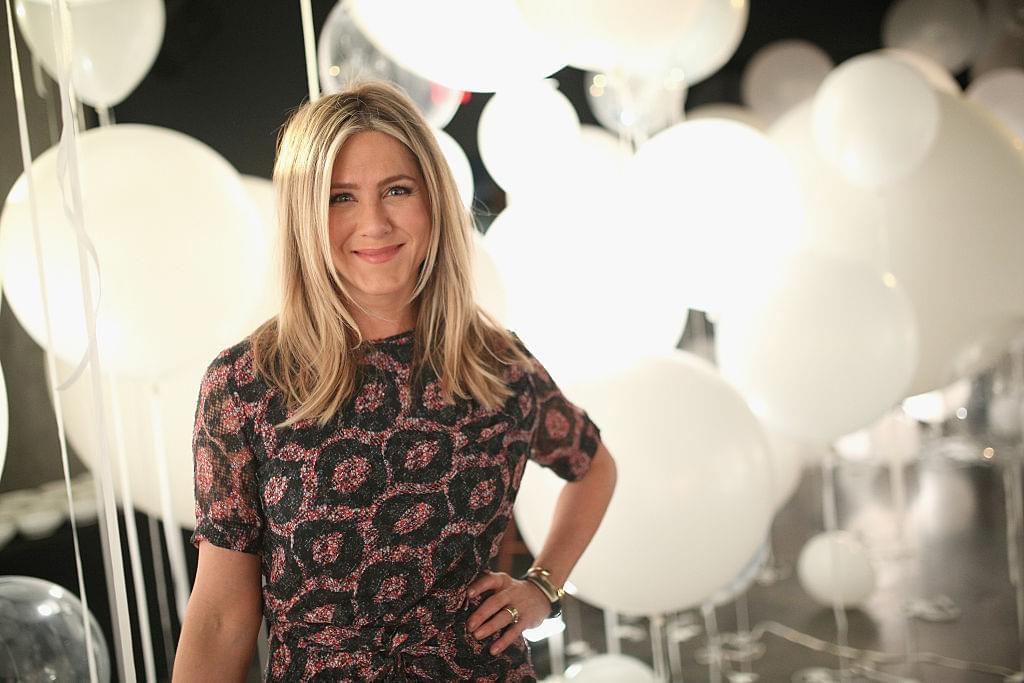 Jennifer Aniston joins INSTAGRAM!   Q-Daily