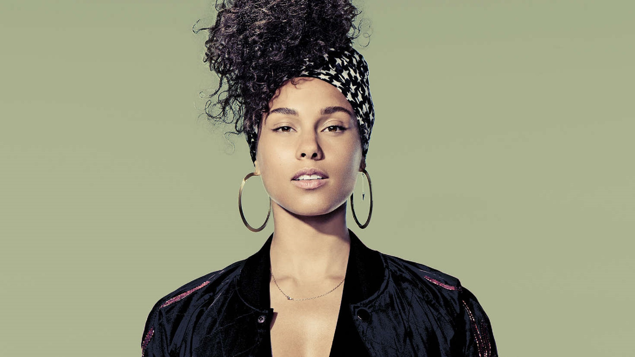 """Alicia Keys Pens A Tribute To Her """"Blended Family."""" Hear It Now"""