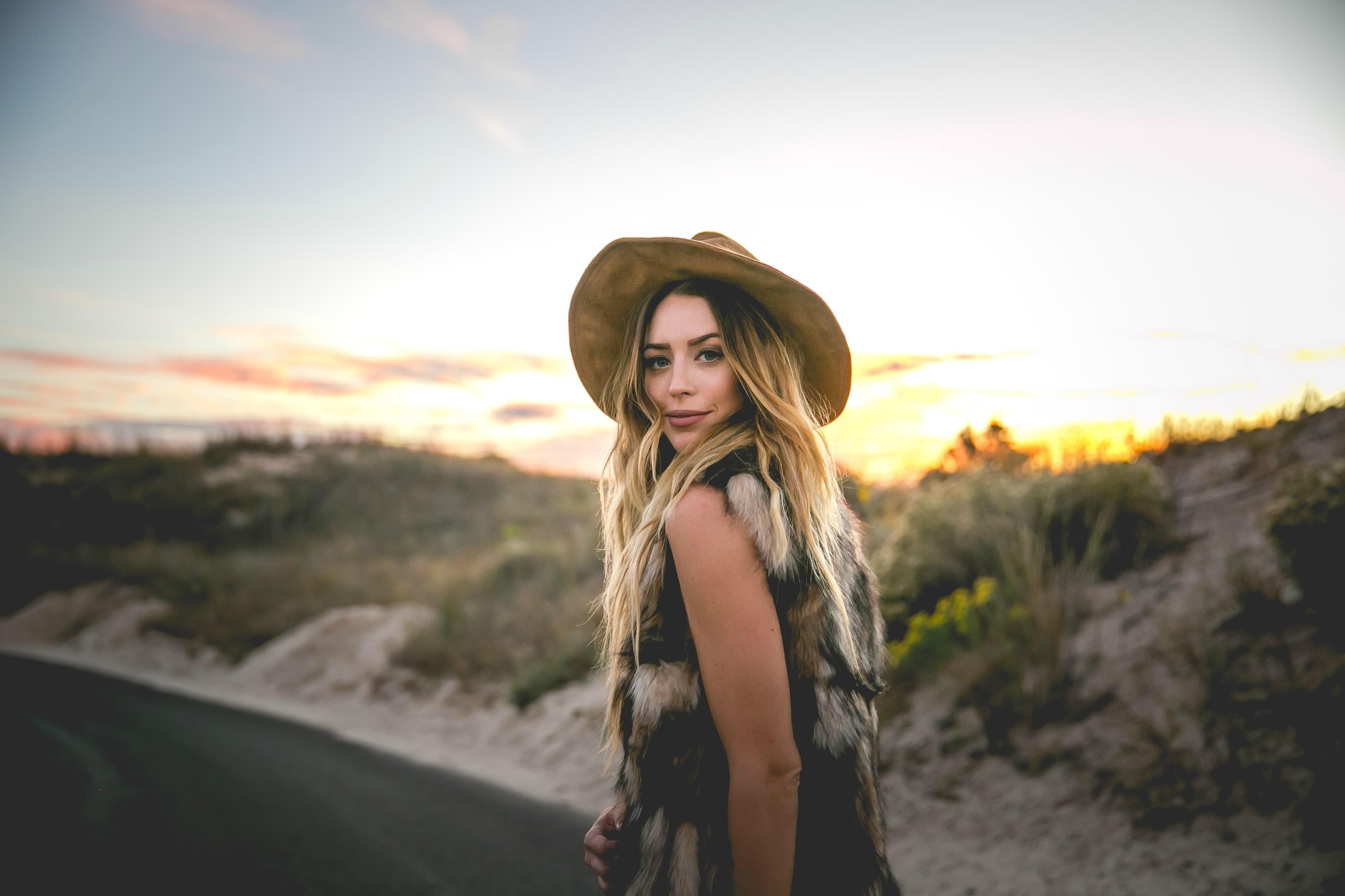 Texas Country Rising Star Kylie Rae Harris Dies In NM Accident