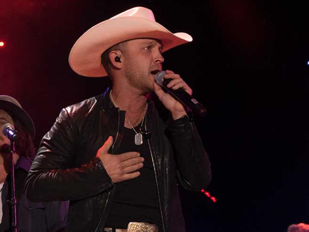 """Justin Moore Plans 2020 """"Late Night & Longnecks Tour"""" With Tracy Lawrence"""
