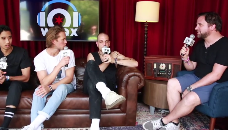 Lollapalooza – Sir Sly: 'I don't have to work at a coffee shop anymore' (backstage interview with Brian)