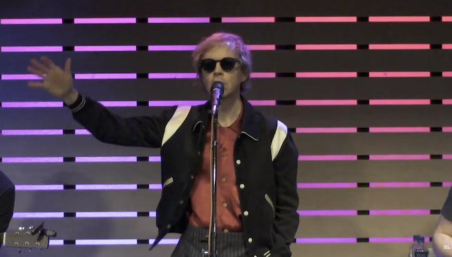 Beck – Wow