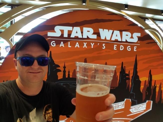 Producer Dan Visits Star Wars Galaxy's Edge At Disney World!