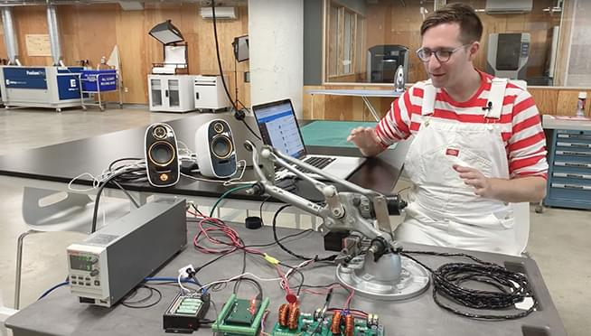 Inventor makes windshield wipers that sync to music; they'll be up for auction this week
