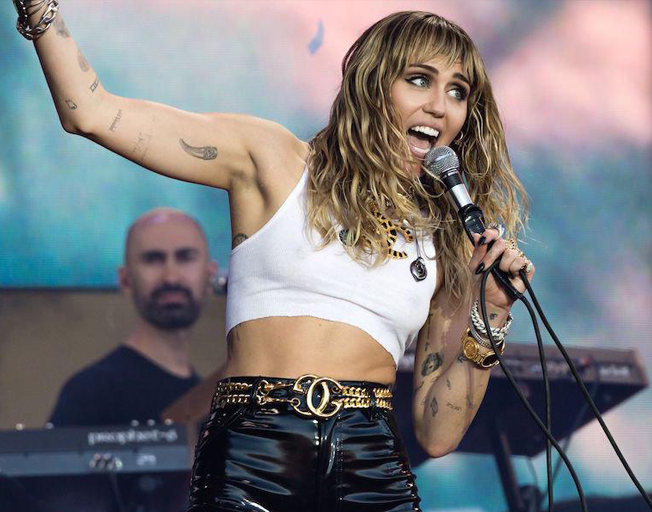 Miley Cyrus Is Being Mean To Her Ex Husband On Instagram