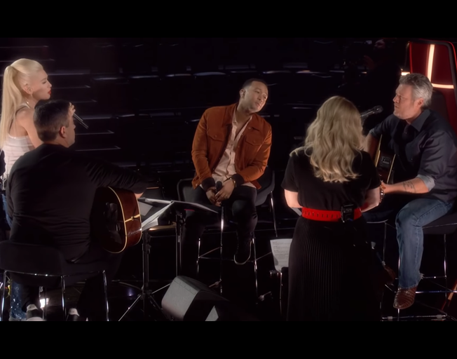 """Coaches for Season 17 of 'The Voice' sing """"More Than Words"""" [VIDEO]"""
