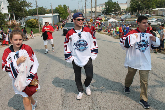 Flying Aces unveil new jerseys in Labor Day Parade