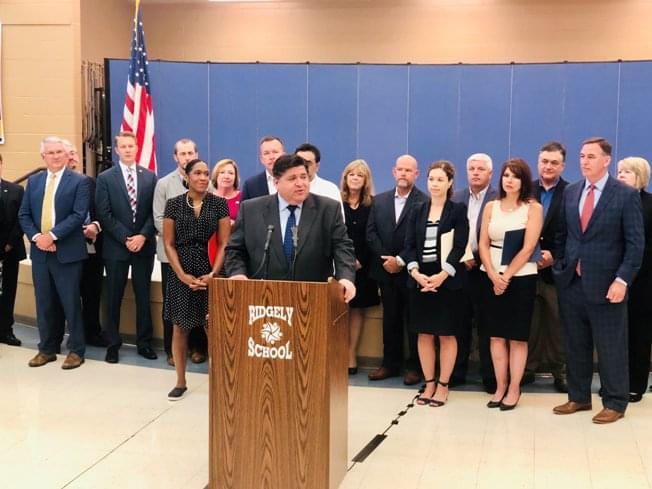 Pritzker launches Connect Illinois, initiative for broadband statewide