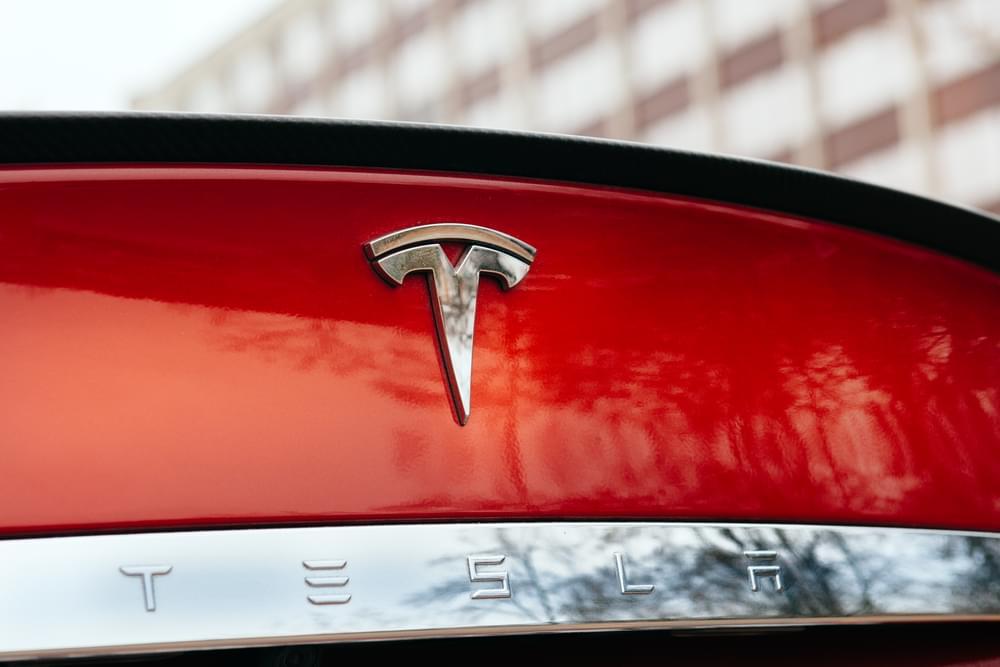 New Tesla Car Horn Will Sound Like A Fart